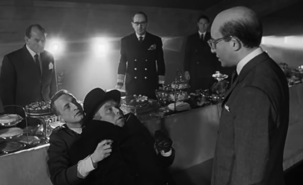 dr-strangelove-or-how-i-learned-to-stop-worrying-and-love-the-bomb-no-fighting-in-the-war-room-george-c-scott-peter-sellers